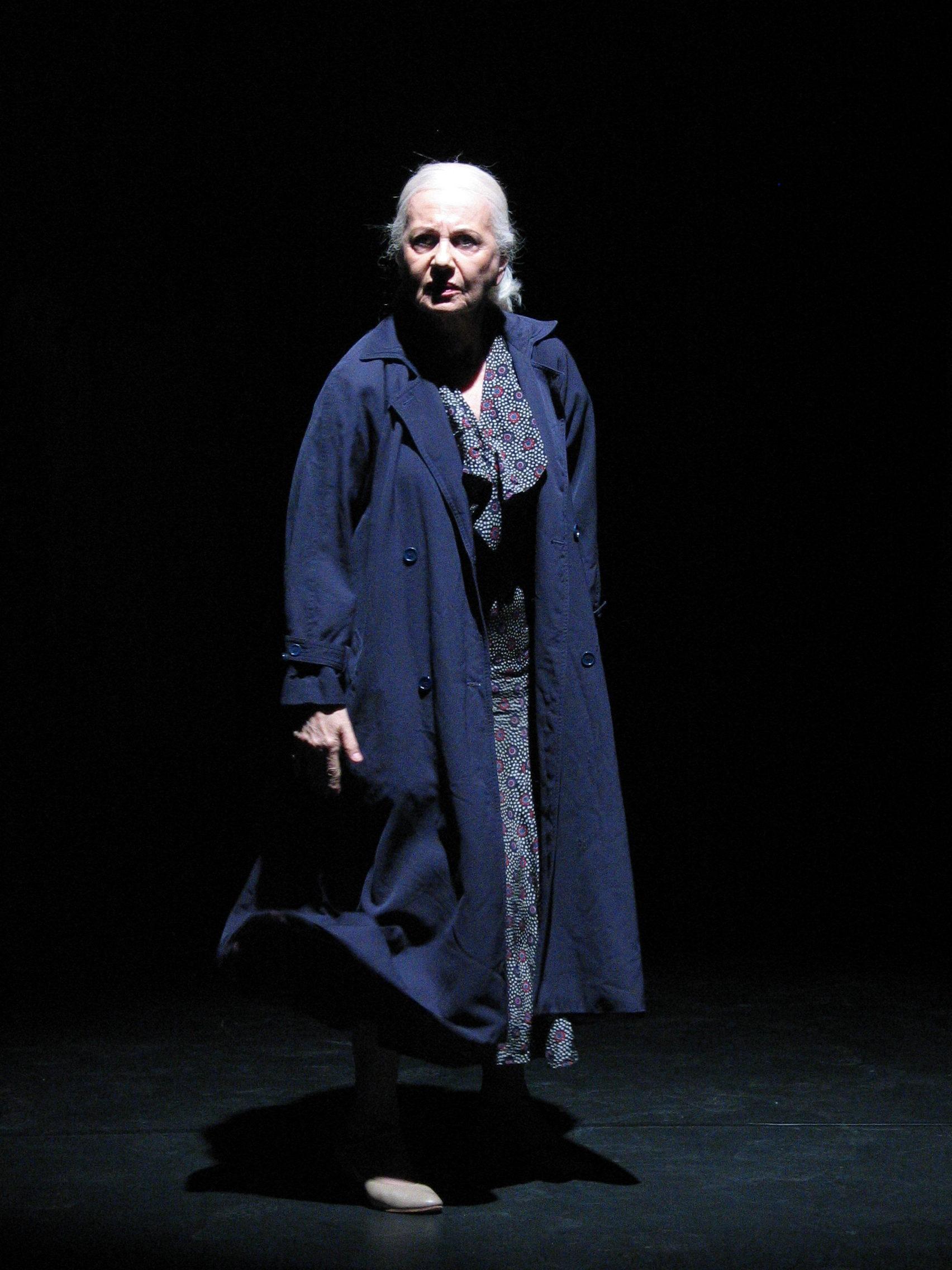 Loredana Cannata,Saaphyri Windsor Adult gallery Eve Southern,Hayley Atwell (born 1982 (dual British and American citizenship)